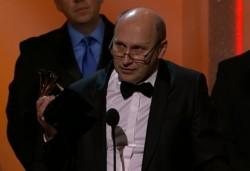 Włodek Pawlik odbiera statuetkę Grammy