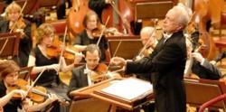 Antoni Wit z orkiestrą FN